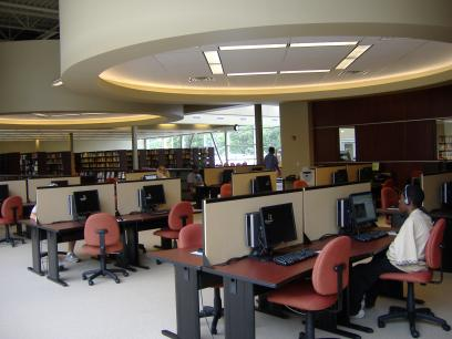 DSCC LRC Open Lab with 30 computers