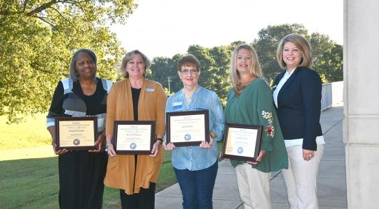 outstanding alumni recipients