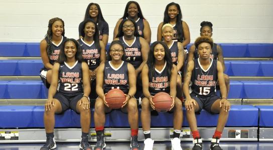 DSCC Women's Basketball Team 2017-2018