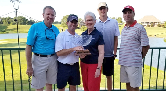 Winners of the golf tournament
